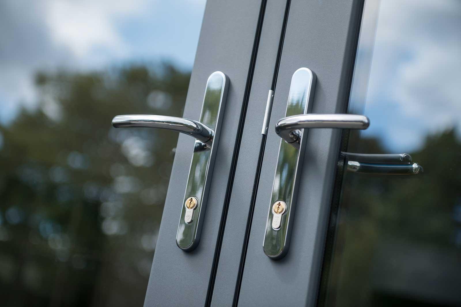 flush sash doors from deceuninck